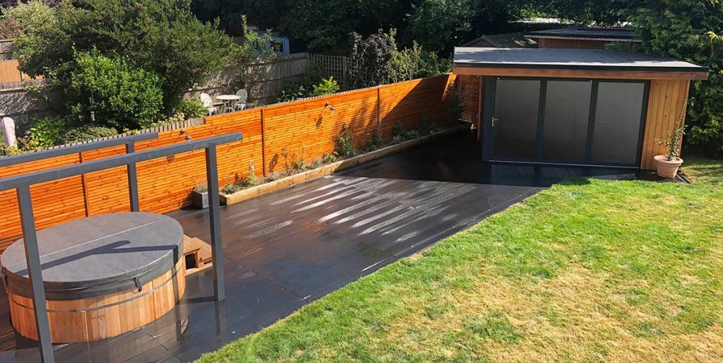 Garden Room - Outside office and hot tub changing area